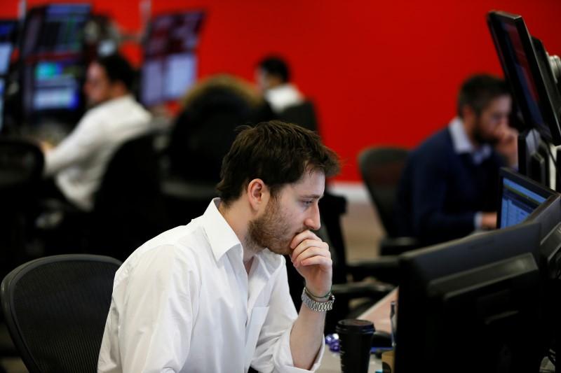 Американские биржевые индексы 3 февраля показали различную динамику